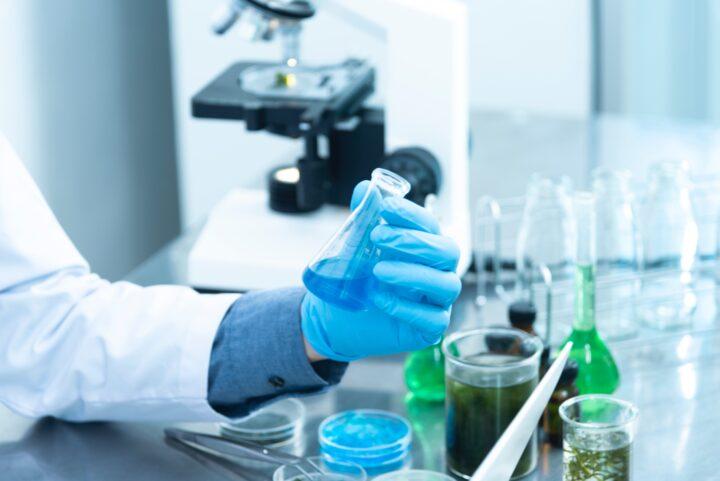 Utbildning inom kemikaliehantering hos Amasis
